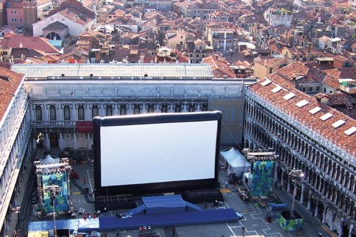 AIRSCREEN_100ft_Italy-Venedig
