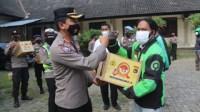 Direktur Intelkam Dan Binmas Polda NTB Melaksanakan Baksos Di Dua Lokasi
