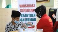 Forkopimda Kota Tasikmalaya Pantau Langsung Gerai Vaksinasi Merdeka di Ponpes Riyadlul 'Ulum Wadda'wah