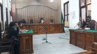 Kuasa Hukum Sebut Penetapan Tersangka Terhadap Kliennya Keliru, Warga Perumahan Royal Sumatera Dukung Albert Kang