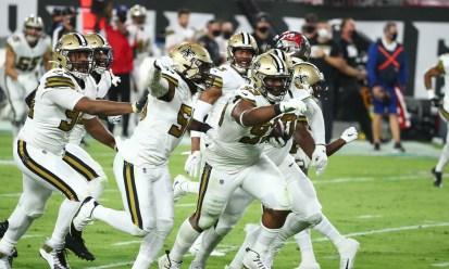 NFC South Week 9 review: Saints embarrass Bucs, sweep series
