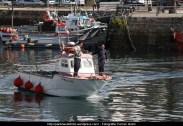 Embarcación saliendo del puerto interior de Ferrol - fotografía por Fermín Goiriz