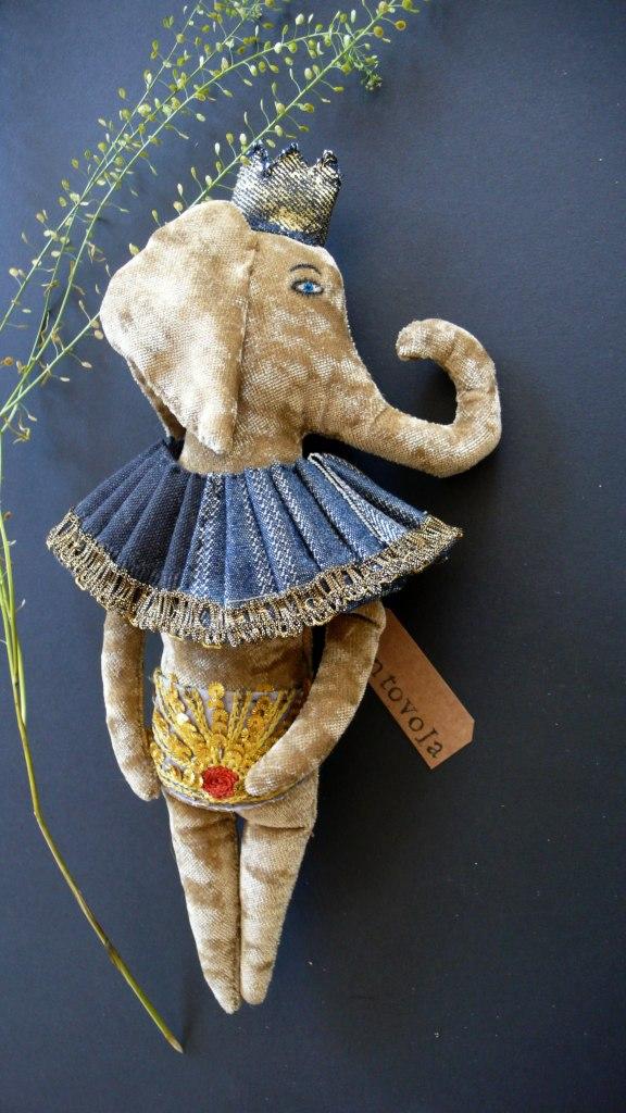 textile art elephant