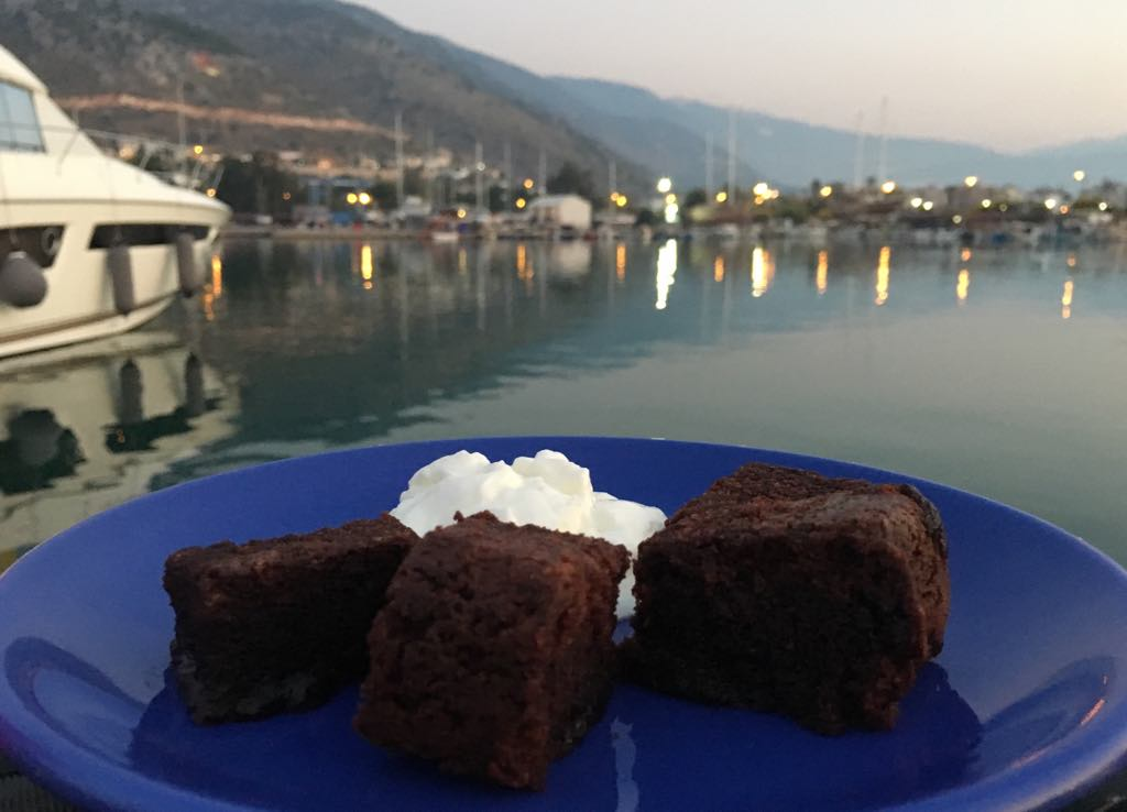 Chilli Chocolate Brownies - Seasonal Cook in Turkey