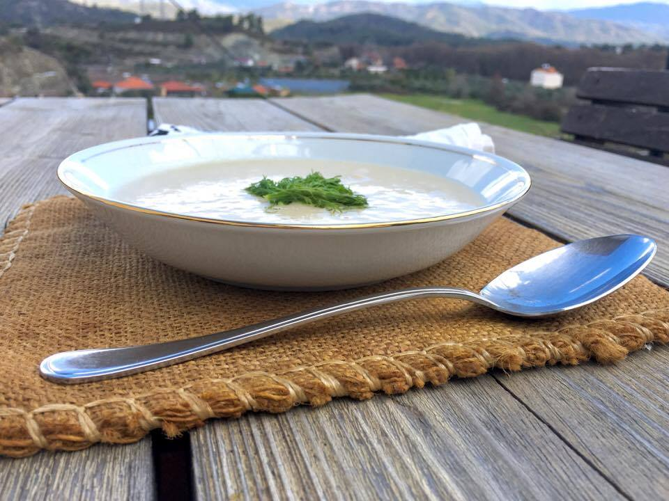 celeriac soup by seasonalcookinturkey.com