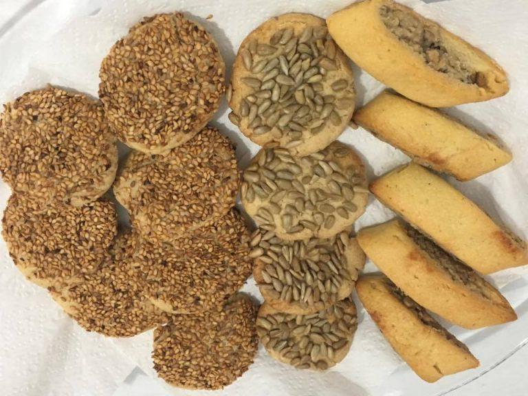Tahini sesame cookies