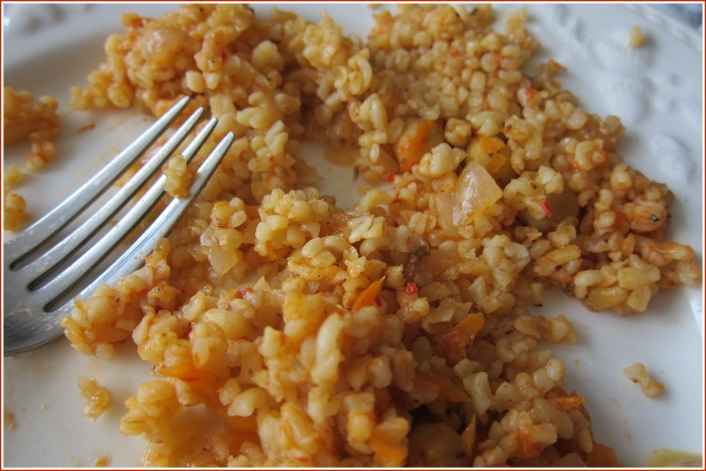 closeup of plate of bulgur