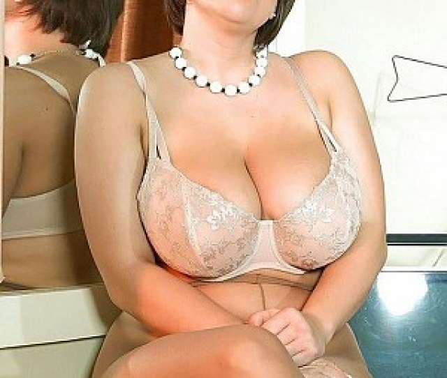 Hottest Women In Pantyhose In Mix