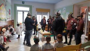 Gli Alpini all'asilo - Scuola materna Paolo VI Molvena - 26042019