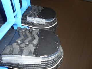 靴底補修材塗布完了干した所