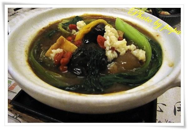 台中 素食  寬心園大業店 ,精緻蔬食素食 保證老人家也喜歡