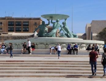 Tritonenbrunnen vor dem Eingang nach Valletta