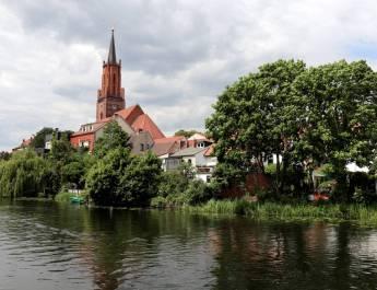 Die St. Marien-Andreas-Kirche in der Altstadt von Rathenow