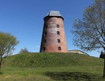 Zichow – Mühle, Schloss und Laubenhaus