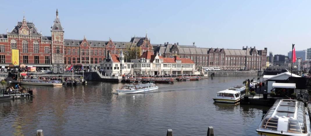 Der Hauptbahnhof in Amsterdam