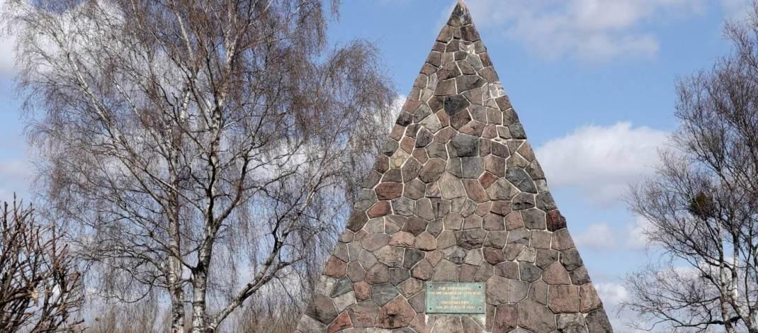 Die Bülow-Pyramide ist ebenfalls ein Denkmal für die Gefallenen der Schlacht bei Großbeeren