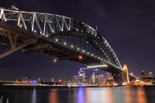 sydney-harbor-bridge-999937_640
