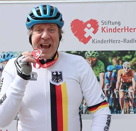 Uwe Rohde auf HerzRadtour durch Deutschland