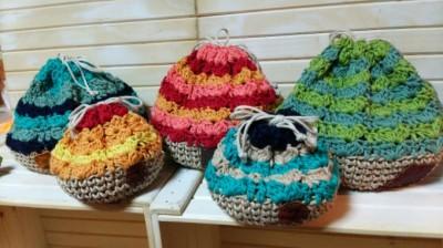 まんまる編み巾着