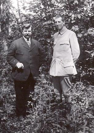 1918 - Pierre LANDRIEU (26) et Pierre WATEL, ami