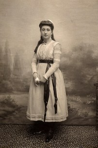3 juillet 1909 - Lucie LANDRIEU (421)