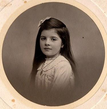 1911 - Geneviève LANDRIEU (161)