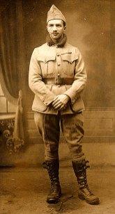 # 1916 - Pierre LANDRIEU (121) en uniforme de l'armée française
