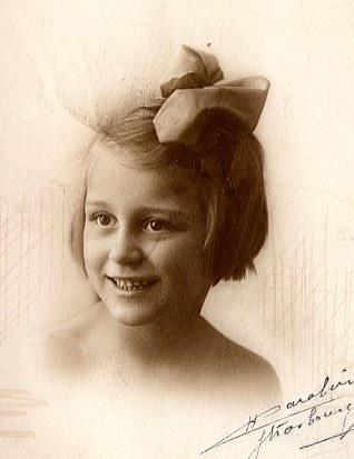 # 1920 - Élisabeth CHEVREUX (5211)