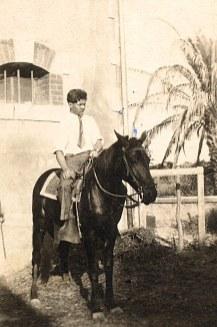 # 1930 - Philippe LANDRIEU (261)