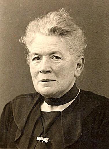 1940 - Antoinette HARLÉ-LANDRIEU (x 16)