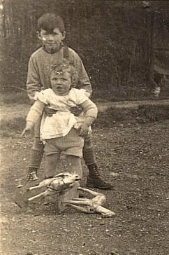 1935 - Bernard et Max LANDRIEU