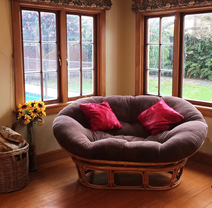 papasan cushion swivel rocker chair
