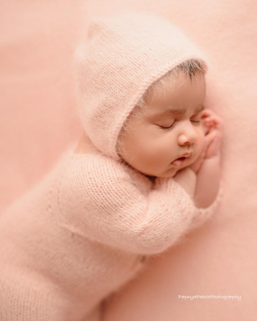 Choosing a best newborn photographer
