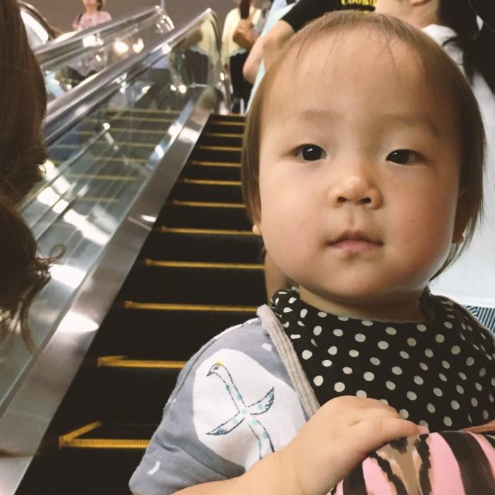 関西国際空港エスカレーター