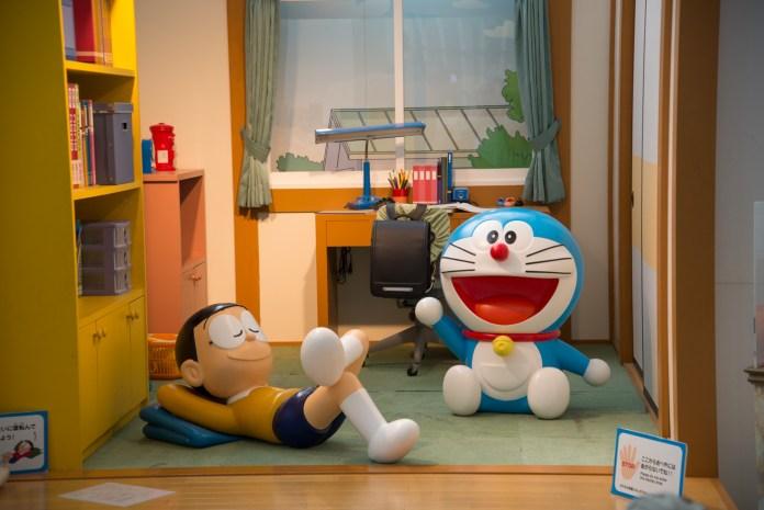 テレビ朝日本社1F、ドラえもんとのび太