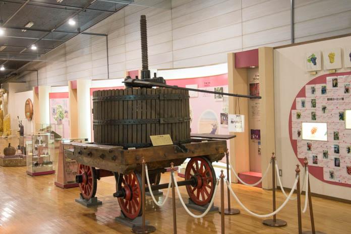 ブドウしぼり機(1800年代フランス製)