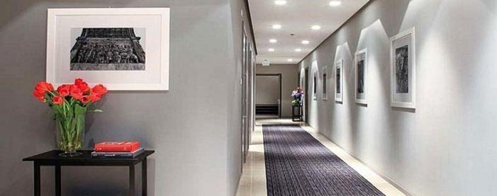 iluminacion - Cómo decorar pasillos con papel pintado. FAQs Papel & Deco