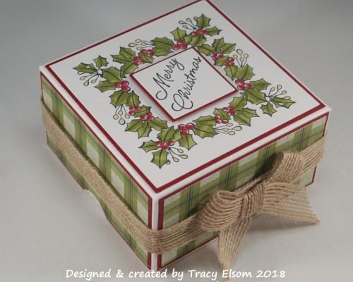 BB43 Square Wreath Box