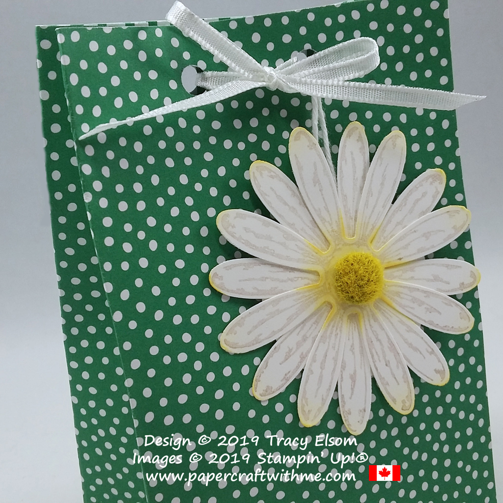 Close up of daisy tag created using the Daisy Delight Stamp Set and Daisy Punch, with Perennial Essence Floral Center, all from Stampin' Up!