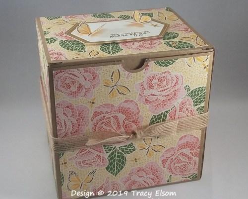 BB47 Rose Mosaic Gift Box