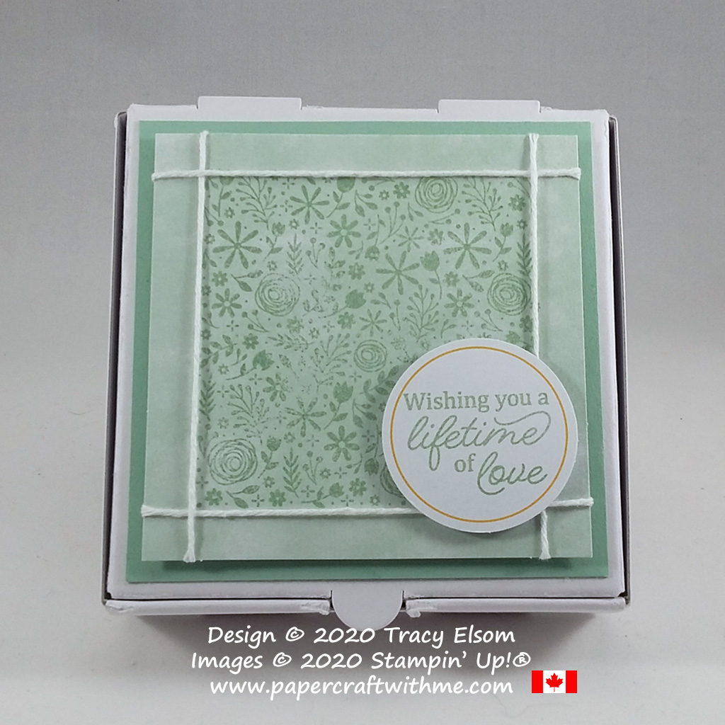 """Mini pizza box decorated with """"Wishing you a lifetime of love"""" sentiment and pieces from the January 2020 Paper Pumpkin kit """"I'll Bee Yours"""". #papercraftwithme"""