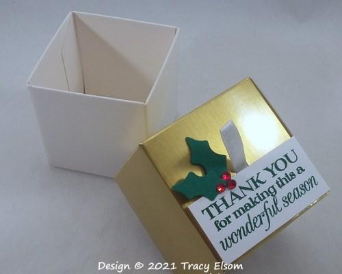BB89 Golden Christmas Season Treat Box