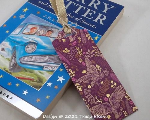 BM368 Flying Owls Bookmark
