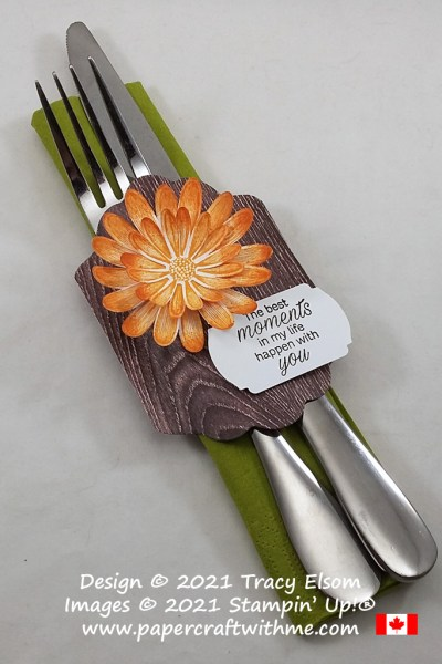 Decorative wrap for silverware and napkin created using the Daisy Lane Stamp Set with coordinating punches plus the Seasonal Labels Dies, all from Stampin' Up! #papercraftwithme
