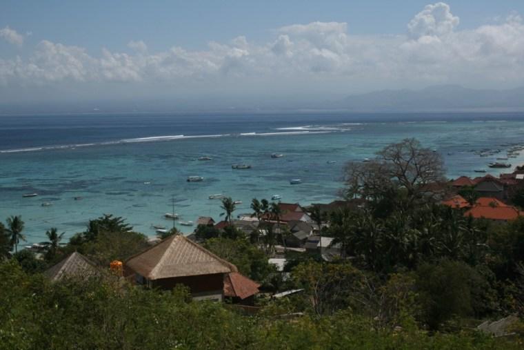 Nusa Lembongan Coast