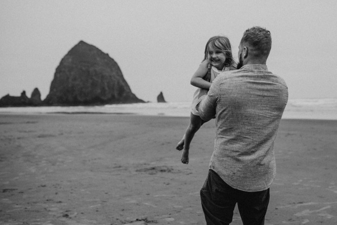 beach family photography | ©the paper deer photography | paperdeerphoto.ca
