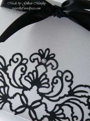 TL Ornate Lattice cut out detail