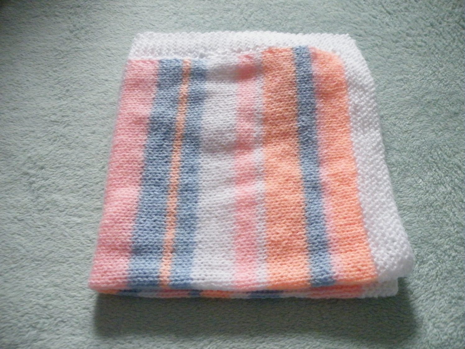 Knitting Patterns For Dogs Blankets : A knitted dog blanket, and a sort-of pattern PaperPuff