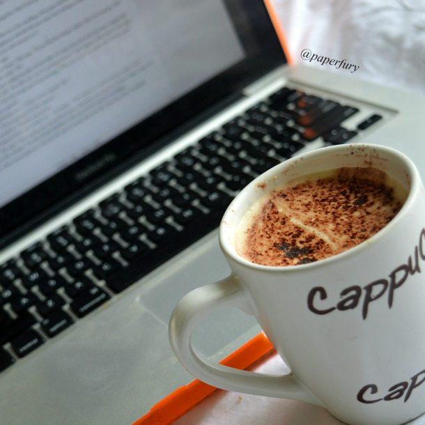 laptop + mug latte