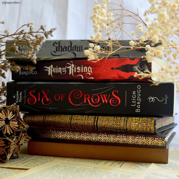 the grisha trilogy six of crows